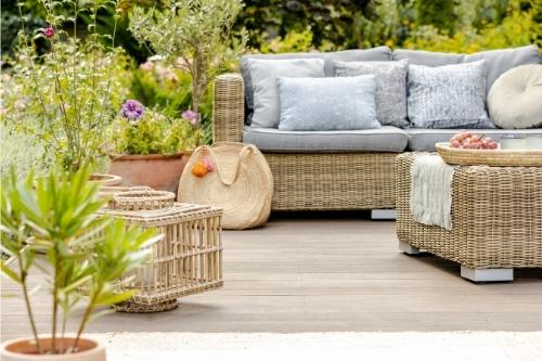 Видове плетени градински мебели - цена, качество и здравина.