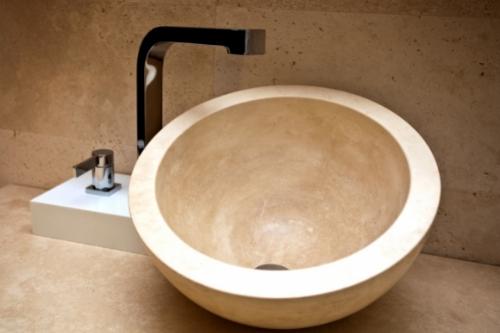 Мивка за монтаж върху плот или шкаф - предимства и недостатъци.